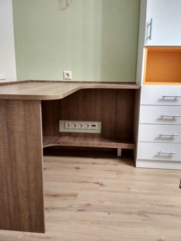 Мебель в комнату